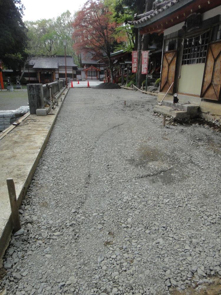 石畳敷き工事_c0111229_18563420.jpg