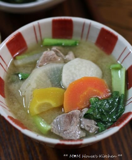 あ~ 楽ちん(^。^)弁当 ☆ 豚汁定食♪_c0139375_1233184.jpg
