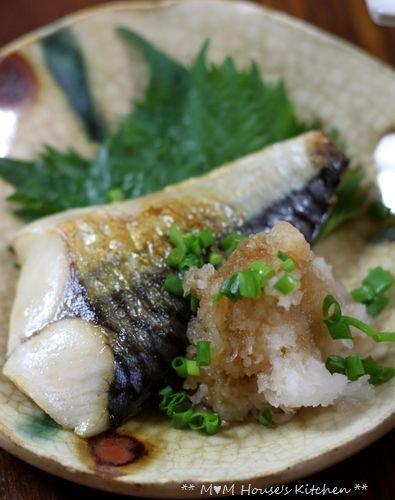あ~ 楽ちん(^。^)弁当 ☆ 豚汁定食♪_c0139375_1233736.jpg