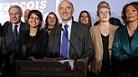フランス「パリテ内閣」、「女性の権利省」誕生_c0166264_10145199.jpg