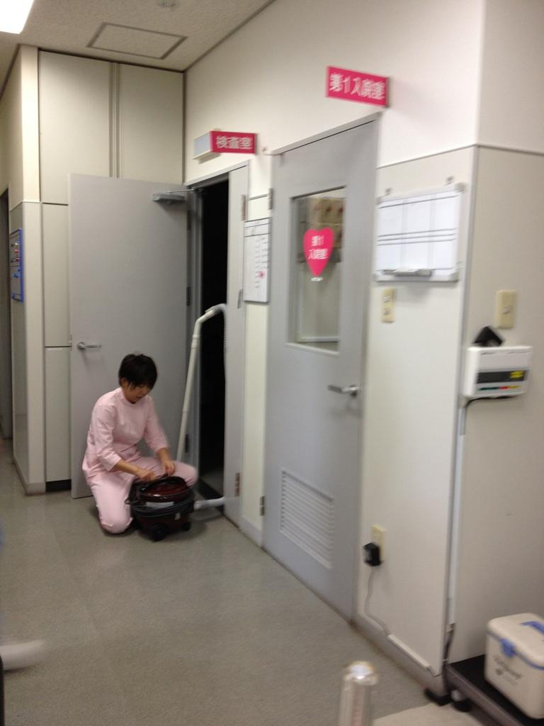今日の動物病院_d0129766_8221038.jpg