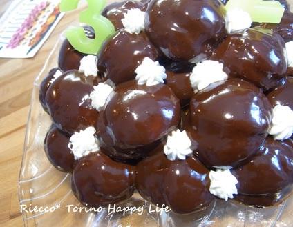 イタリア菓子チョコレートのプロフィッテロール☆ Buon compleannno!!!_b0246303_0233462.jpg