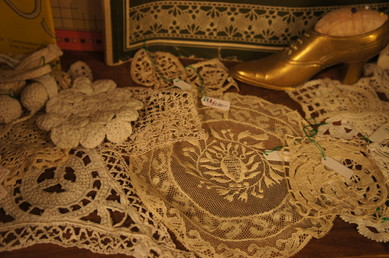 FRENCH LACE BOOK_f0144612_16552331.jpg