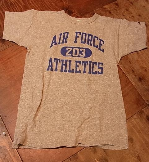 5月19日(土)入荷商品!チャンピオン トリコタグ U.S AIR FORCE Tシャツ!_c0144020_14384320.jpg