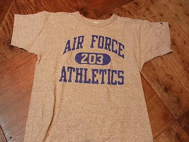5月19日(土)入荷商品!チャンピオン トリコタグ U.S AIR FORCE Tシャツ!_c0144020_14384575.jpg