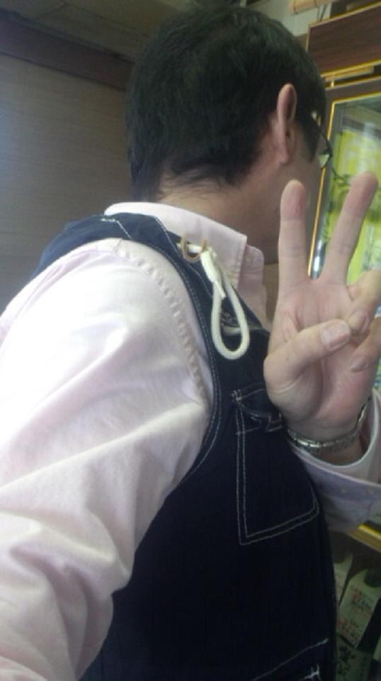 【日本酒】 うしろ姿 無濾過生原酒 ゴージャス責めブレンド_e0173738_118495.jpg