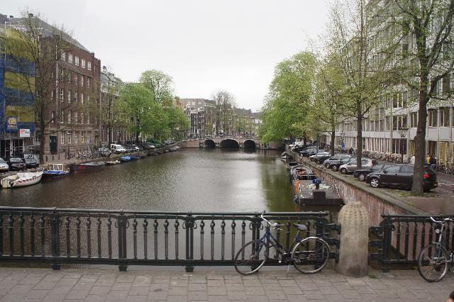 ベネルクスの旅の食事と酒 (11) アムステルダムで最後の晩餐_c0011649_7405752.jpg