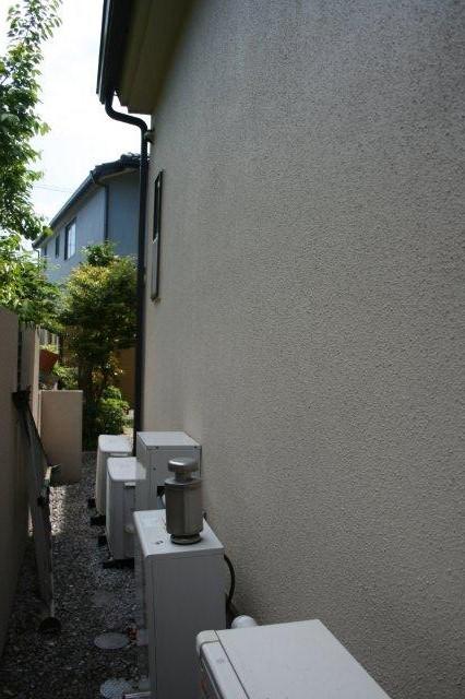 壁埋込エアコンの入替(東京都町田市)_e0207151_18283893.jpg