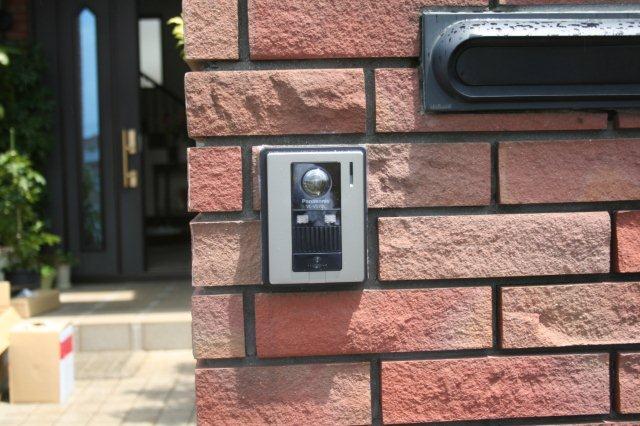 壁埋込エアコンの入替(東京都町田市)_e0207151_18284244.jpg