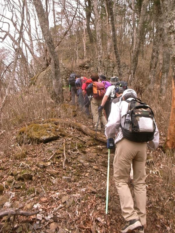 5月8日 馬道〜大山縦走ハイキング 開催しました。_b0209774_16252792.jpg