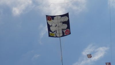 浜松祭り2日目「大凧、いよいよ空へ・・」_e0030586_12281336.jpg