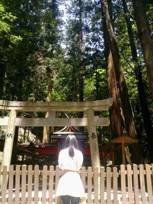 奈良 室生の龍穴神社にて_e0115301_20311450.jpg