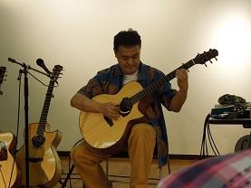 TOKYOハンドクラフトギターフェスティバル2012_f0045667_17361519.jpg
