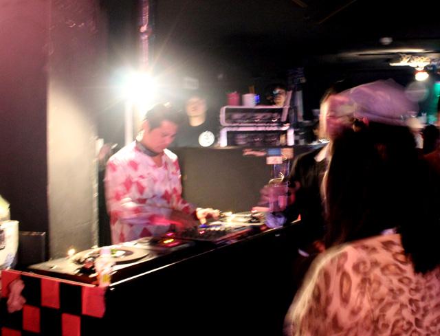 "SLIM JIM PHANTOM & TIM POLECAT JAPAN TOUR 2012 \""ROCK\'N\'ROLL DISCO SPECIAL\""_c0187573_2194698.jpg"