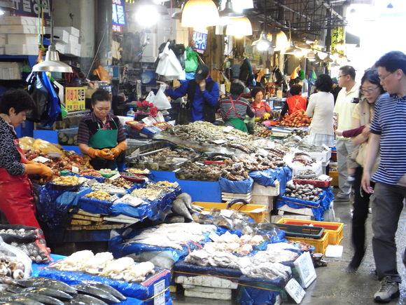 ソウルの魚市場  ~ノリャンジン水産市場再訪~  120506_c0237483_051277.jpg