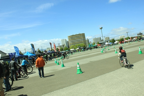 北海道スポーツサイクルフェスティバル in つどーむ 2012 vol2_d0198793_14383353.jpg