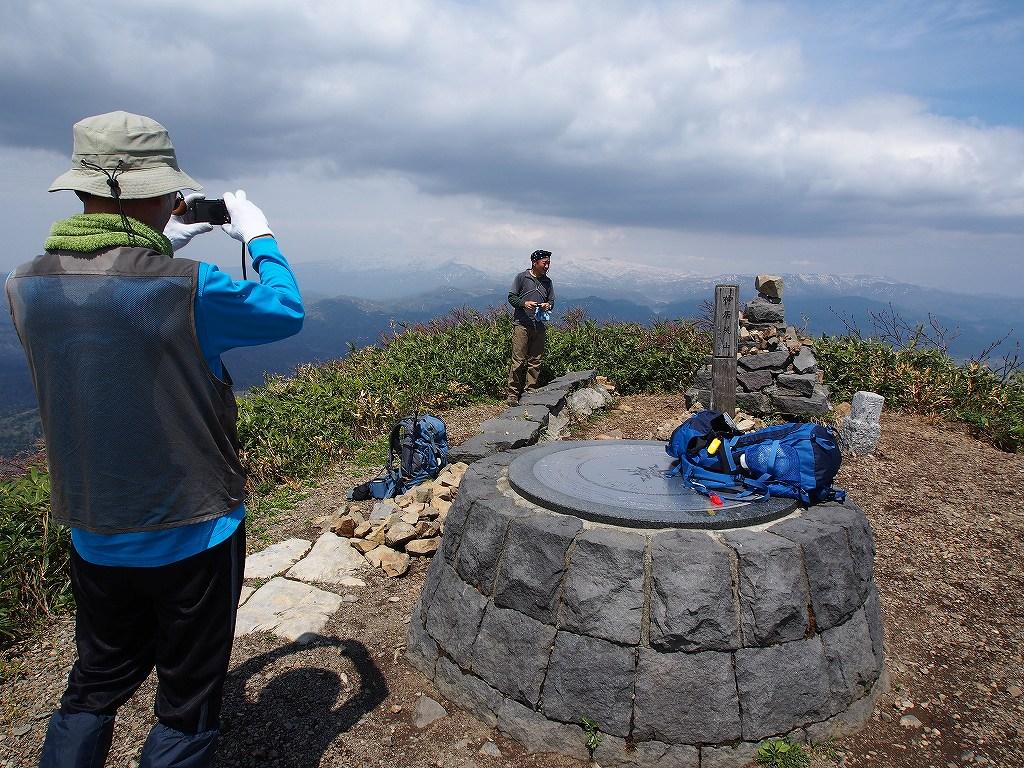 5月18日、神居尻山-その2-_f0138096_0133261.jpg