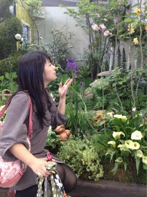 花にかこまれて。_e0096799_203417.jpg