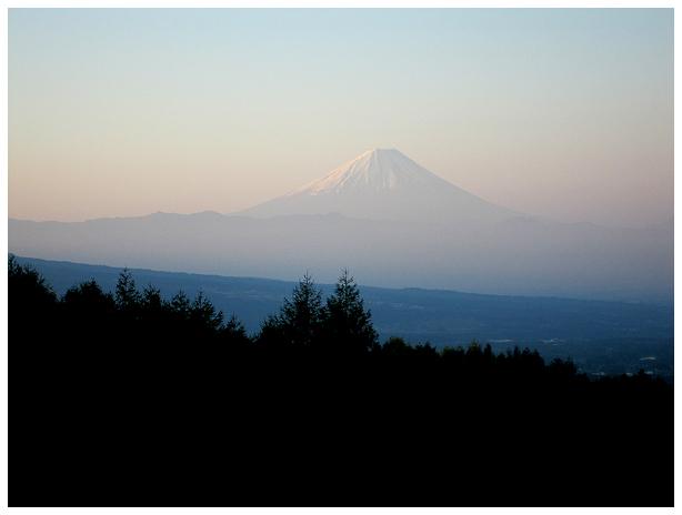 富士とお蕎麦と新緑と_c0042324_12351748.jpg