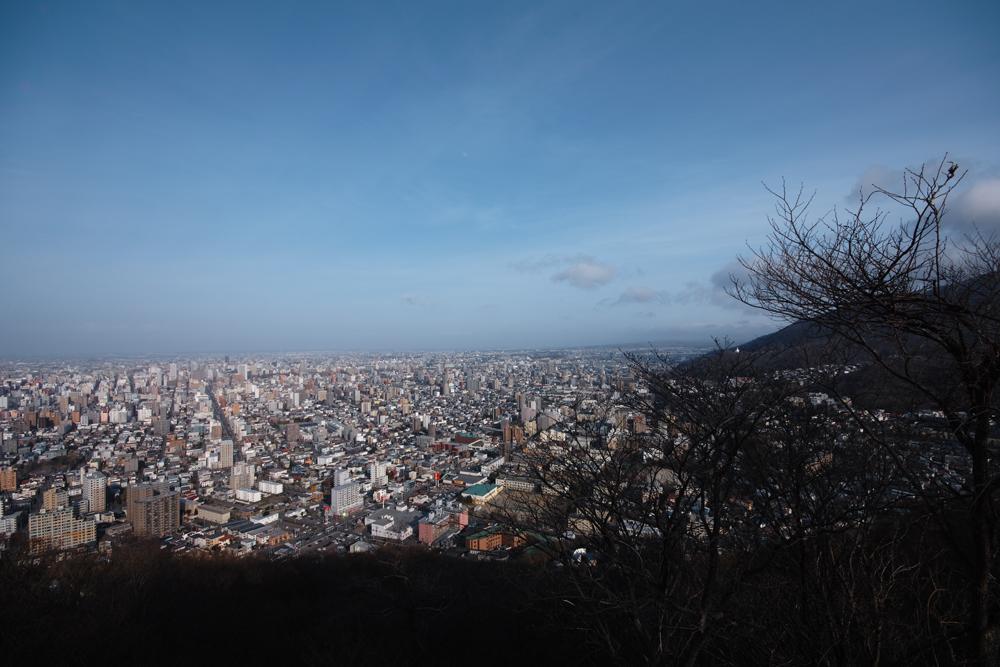 円山登山 ~札幌市内を一望できる気軽なトレッキング~_c0223825_1342197.jpg