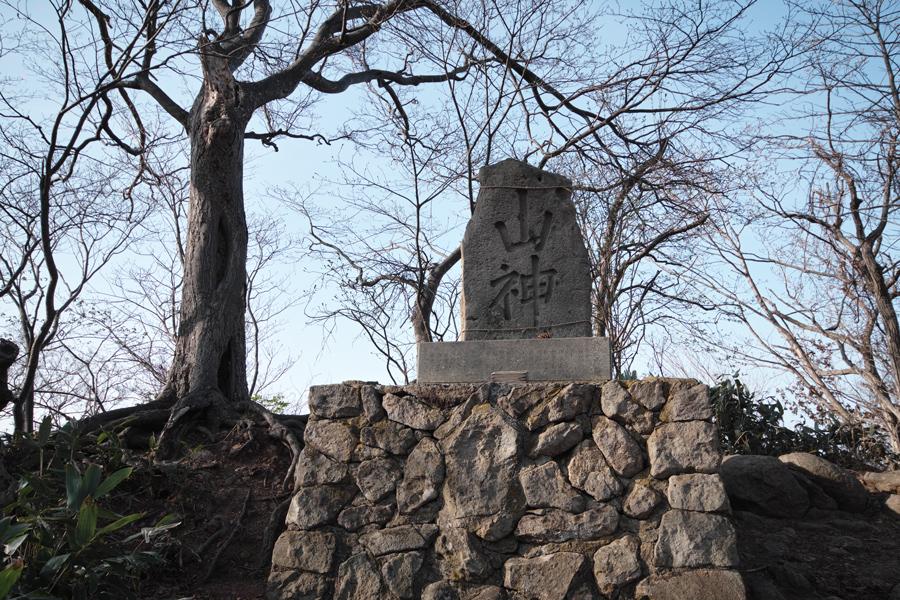 円山登山 ~札幌市内を一望できる気軽なトレッキング~_c0223825_141332.jpg