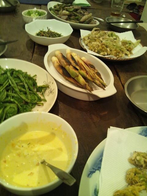 5月16日、今日のAANキッチンは、お隣(4階)シュハリさんとのコラボ!_d0058440_2029358.jpg