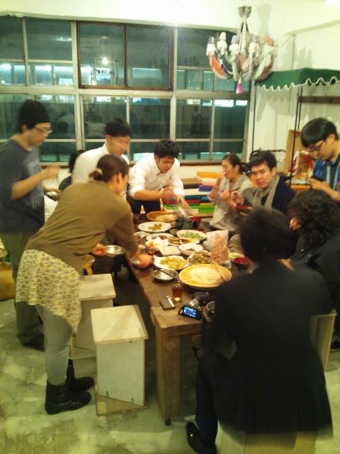 5月16日、今日のAANキッチンは、お隣(4階)シュハリさんとのコラボ!_d0058440_20301821.jpg