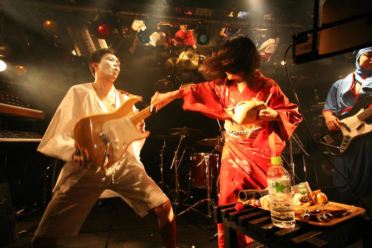 金屬惠比須ライヴ2012(その14) ヱビス対ヰナマス!!_c0112245_23302165.jpg