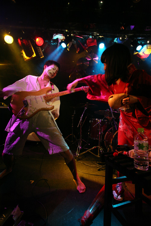 金屬惠比須ライヴ2012(その14) ヱビス対ヰナマス!!_c0112245_23302724.jpg