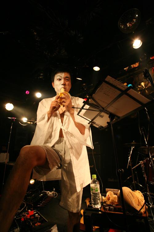 金屬惠比須ライヴ2012(その14) ヱビス対ヰナマス!!_c0112245_23332190.jpg
