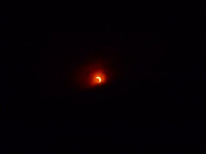 部分日食が観れました。_b0177163_1151018.jpg