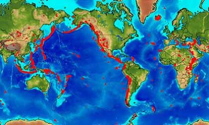 伊北部で地震、6人死亡 M6・0 + 原発危機の遠因は小泉・竹中政権時代に仕込まれた + /放射脳_c0139575_235415100.jpg