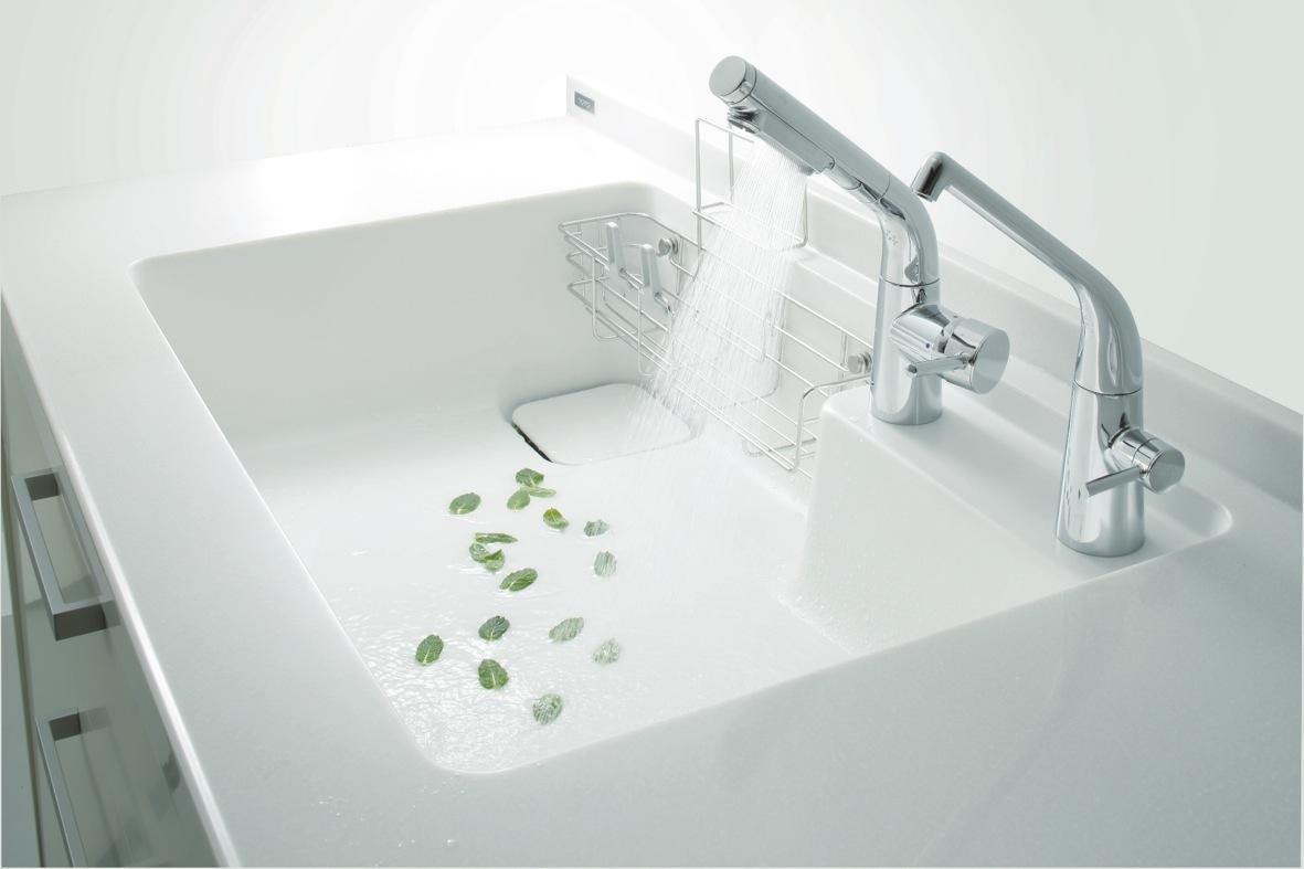 発明賞をとったキッチンの水栓_a0116902_21461536.jpg