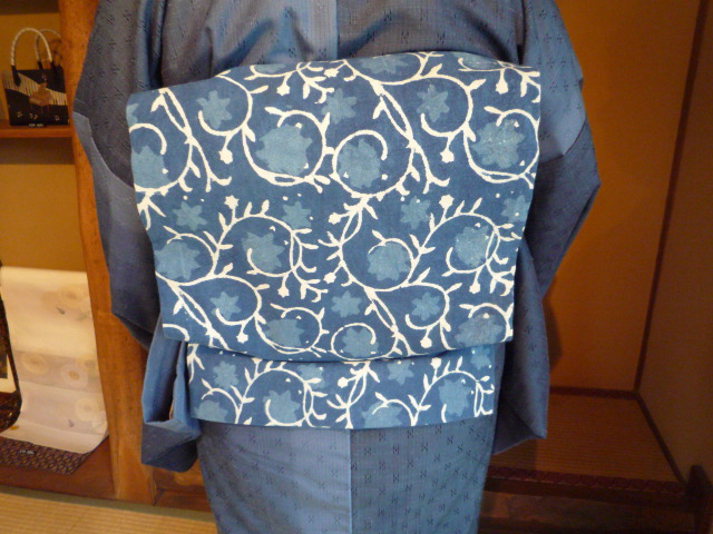 着付けのお稽古の帰りのお客様の綺麗な着姿2_f0181251_1539263.jpg