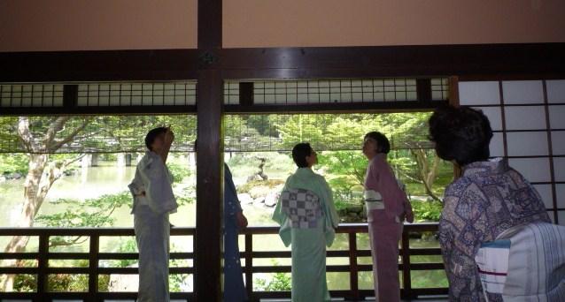 岡山からのお客様・三眠蚕の御召に素敵な帯。_f0181251_19504030.jpg