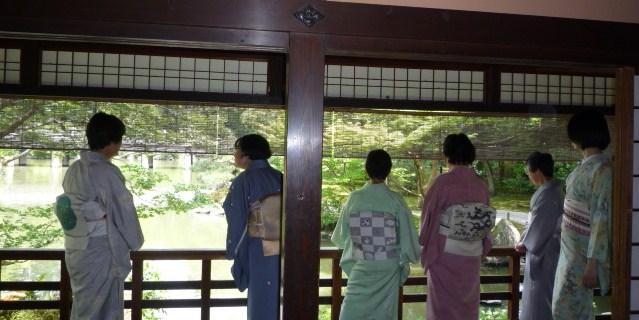 岡山からのお客様・三眠蚕の御召に素敵な帯。_f0181251_19505842.jpg