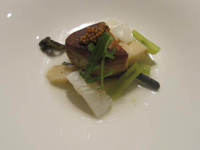 5月の料理「フォアグラ&なごや河豚」_d0177560_14423367.jpg
