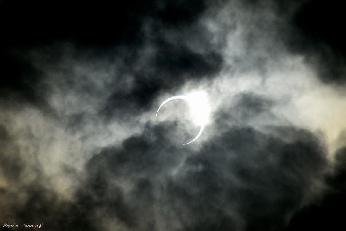 月と太陽が重なる時_f0186496_056422.jpg