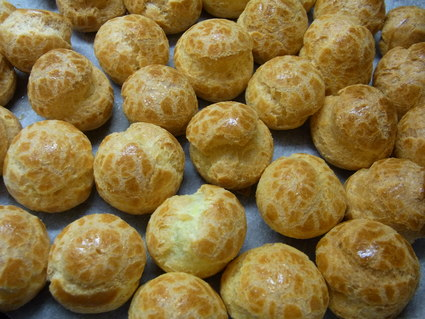 イタリア菓子チョコレートのプロフィッテロール☆ Buon compleannno!!!_b0246303_3401969.jpg