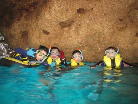 5月24日残波の洞窟に、青の洞窟♪_c0070933_19591871.jpg