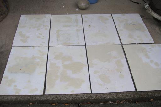 棚板を修理する_e0226943_0573524.jpg