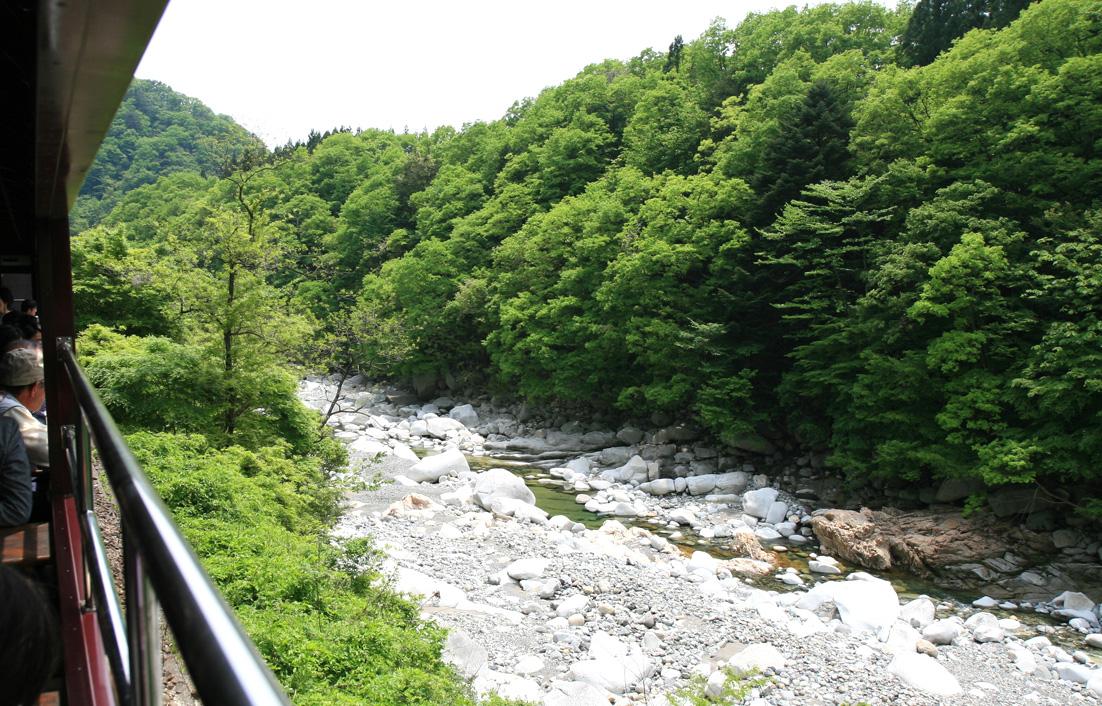 わたらせ渓谷鉄道 トロッコ列車1 足尾_e0127948_19113333.jpg
