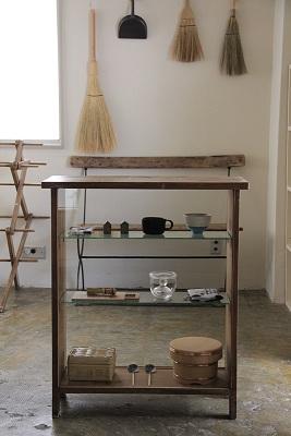 「丁寧な暮らしをかなえる 道具と古家具」_b0148849_8551758.jpg