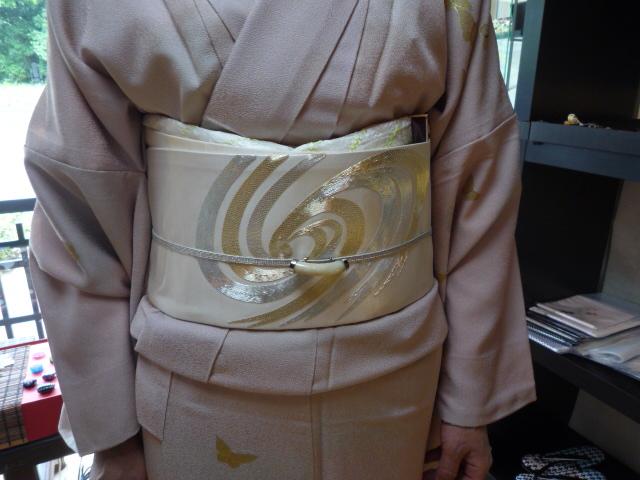 加藤ますえさん・素敵な日傘とお洒落な装い。_f0181251_1520308.jpg