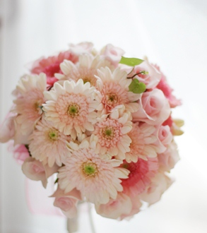 かわいい!ピンクのガーベラのブーケ_f0213974_16362891.jpg