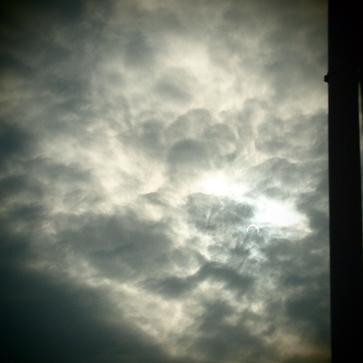 日食見ながら思ったこと_f0202682_11253710.jpg