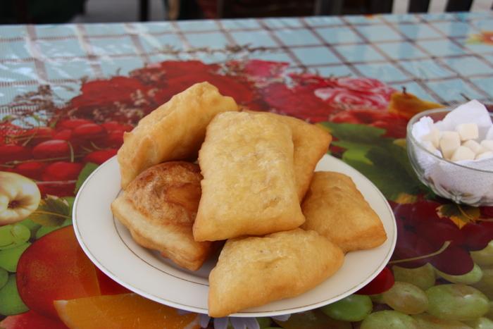 カザフとキルギスの食事_a0109837_1732776.jpg