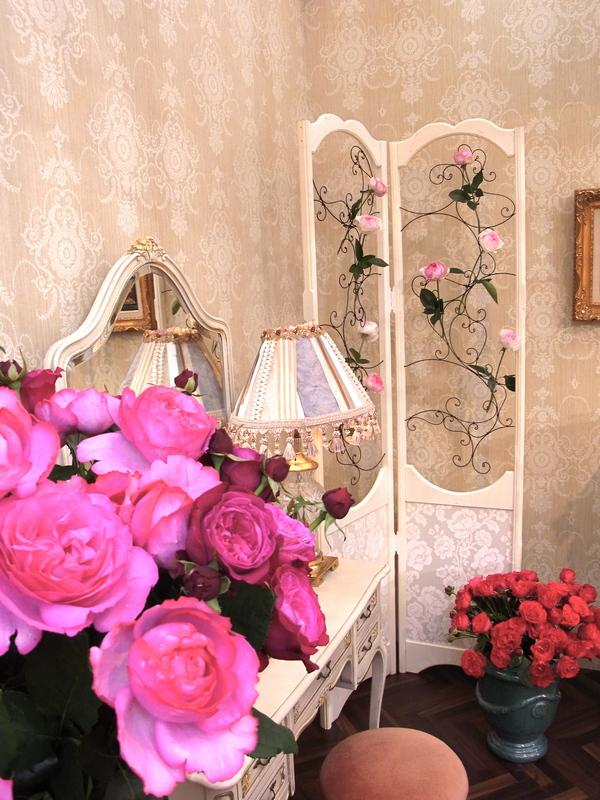 2012ローランボーニッシュプレゼンテーション_14回国際バラとガーデニングショウ_e0044855_20551758.jpg
