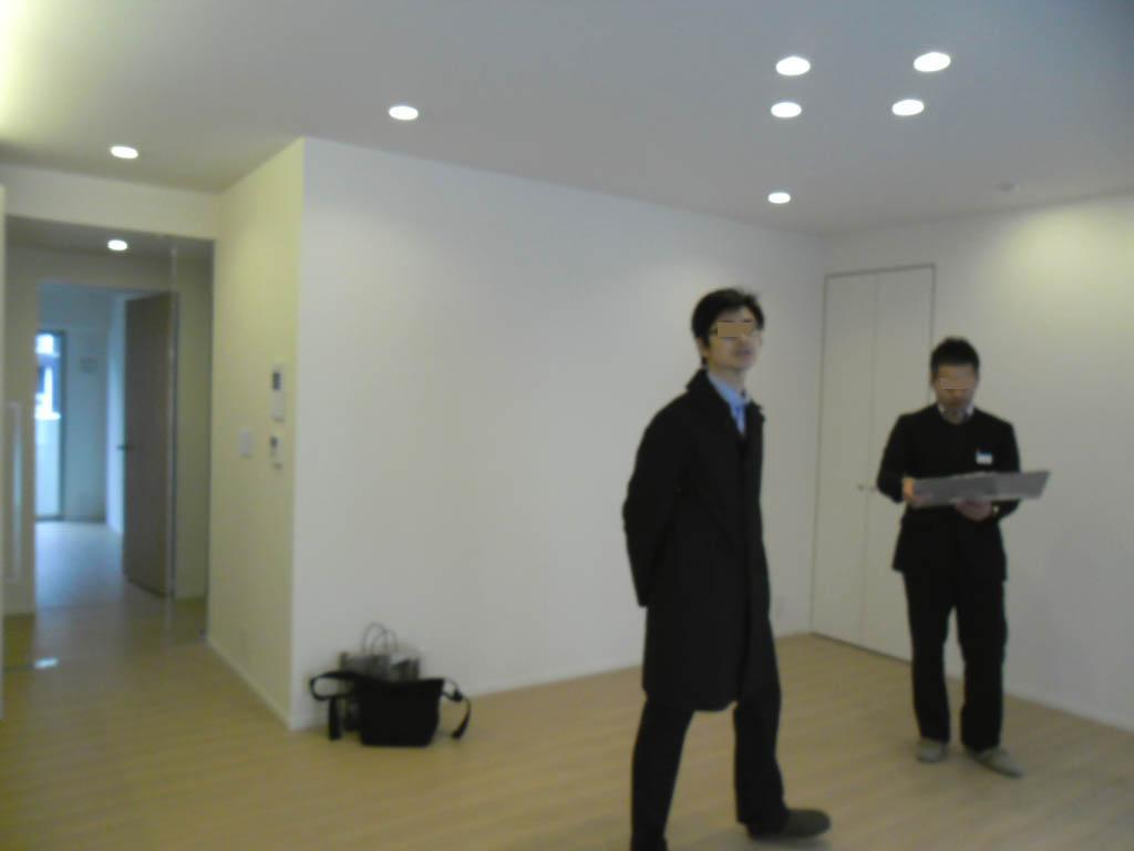 白いマンションを少し変える仕事_f0171785_14575486.jpg
