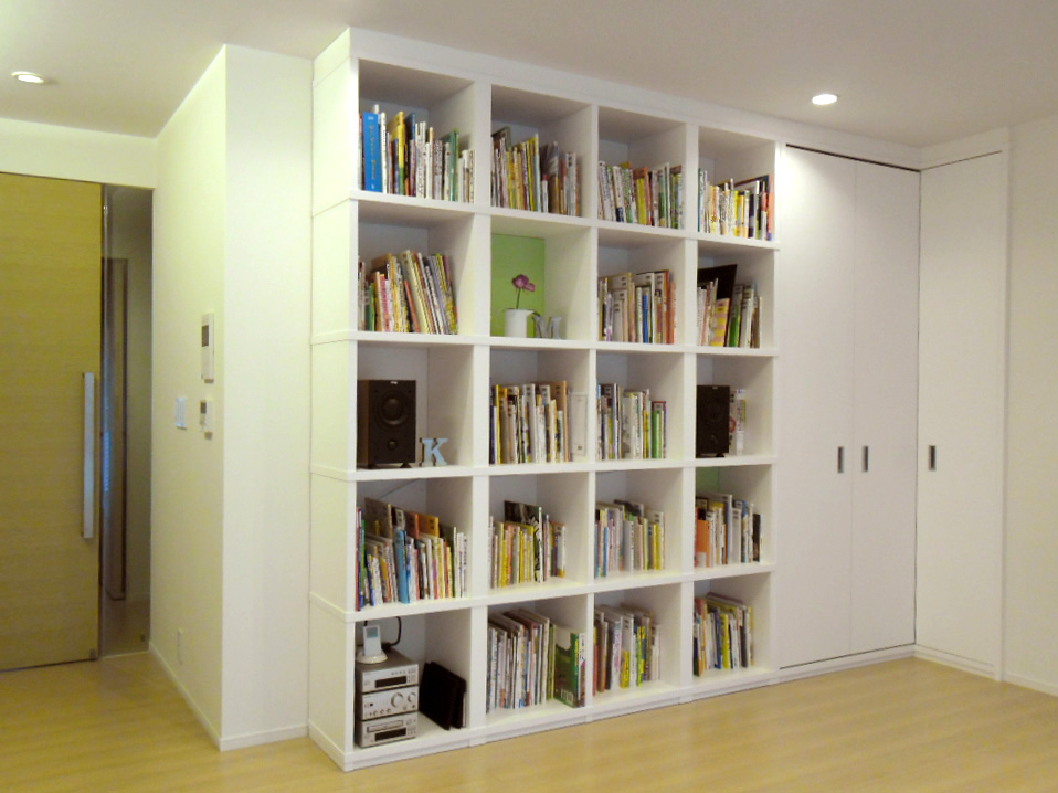 白いマンションを少し変える仕事_f0171785_150459.jpg